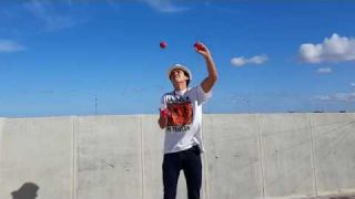 EASY 3 BALL JUGGLING TRICKS